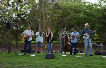 Hollertown blue grass band